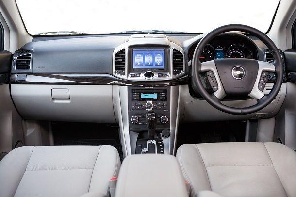 Chevrolet Captiva Sport Edition_cockpit