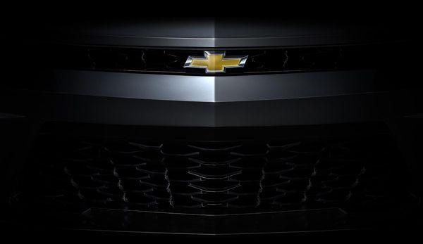 https://img.icarcdn.com/autospinn/body/Chevrolet-teases-2016-Camaro-2.jpg