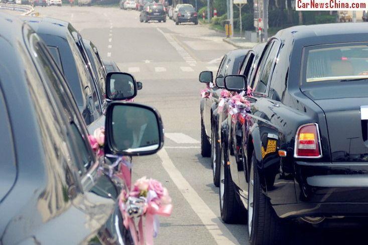 China-Supercar-Wedding-1[2]