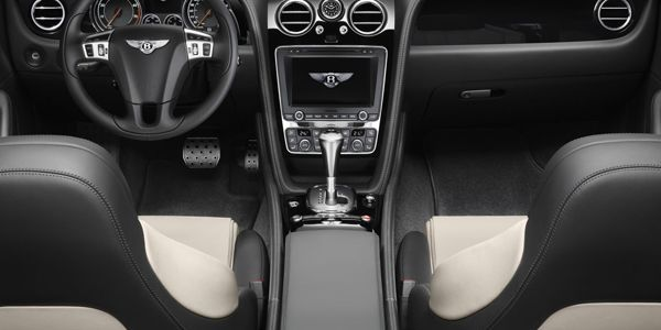 https://img.icarcdn.com/autospinn/body/Continental-GT-V8-S-Coupe-13.jpg