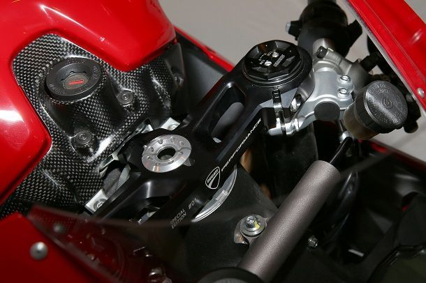 Ducati_959_Special_Edition_023