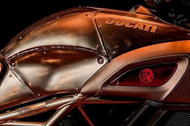 Ducati_Diavel_Diesel_14