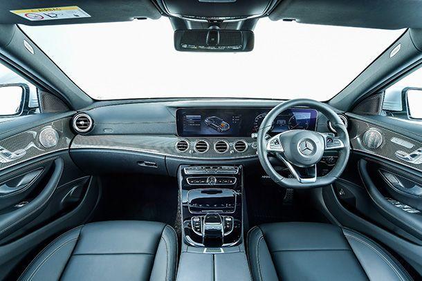 https://img.icarcdn.com/autospinn/body/E-220-d-AMG-Dynamic_interior_2.jpg