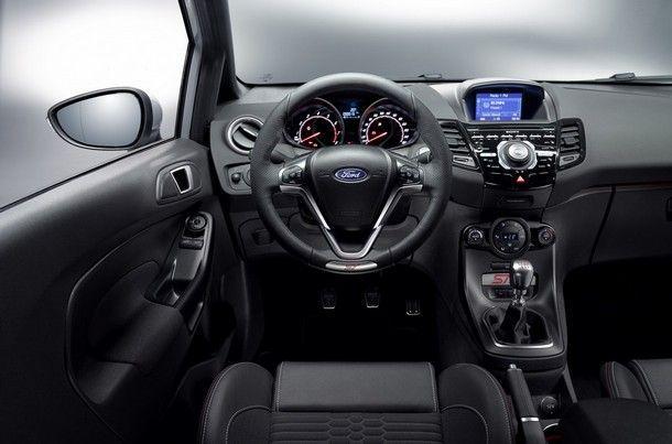 Ford-Fiesta-ST200-6