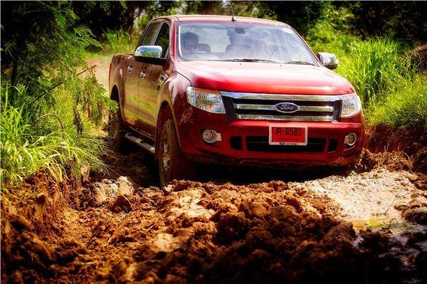 https://img.icarcdn.com/autospinn/body/Ford-Ranger-2.jpg