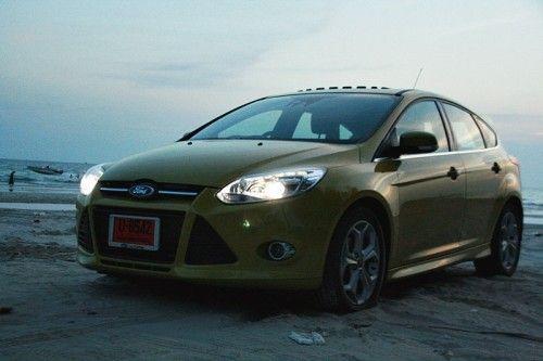 Ford_Focus_201259