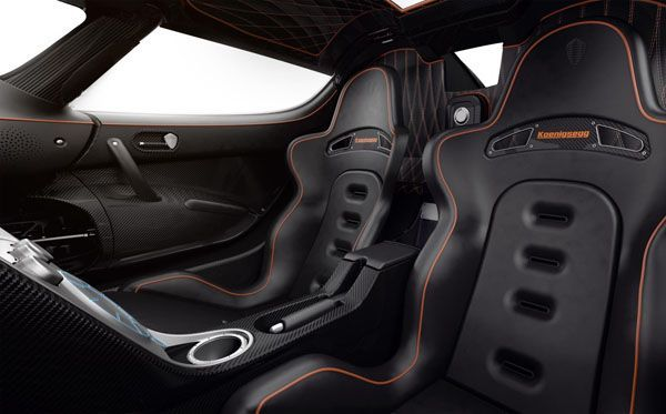 https://img.icarcdn.com/autospinn/body/Four-door-Koenigsegg-2.jpg