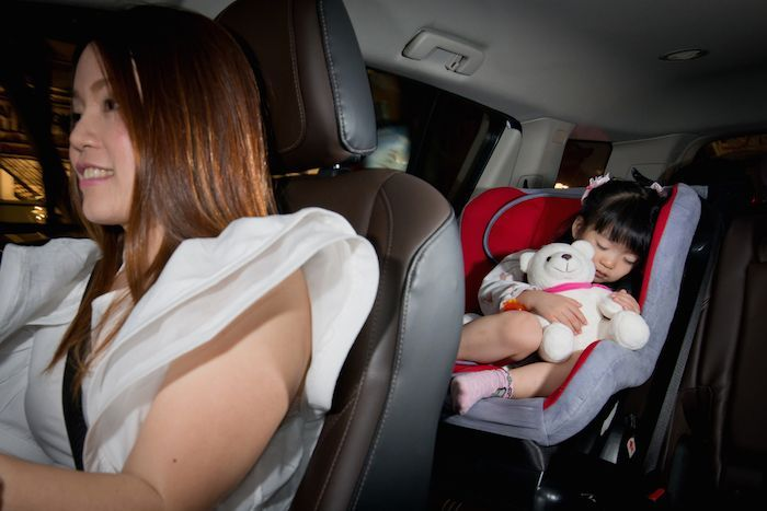 https://img.icarcdn.com/autospinn/body/GM-Kinect-for-Child-Safety-Seat-2.jpg