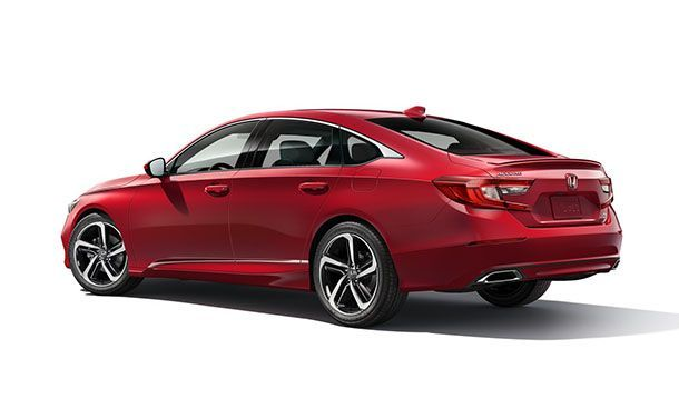 https://img.icarcdn.com/autospinn/body/Honda-Accord-17.jpg