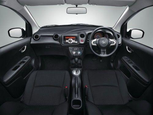 Honda BrioAmaze-console_resize