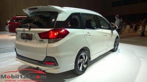Honda Mobilio RS (1)