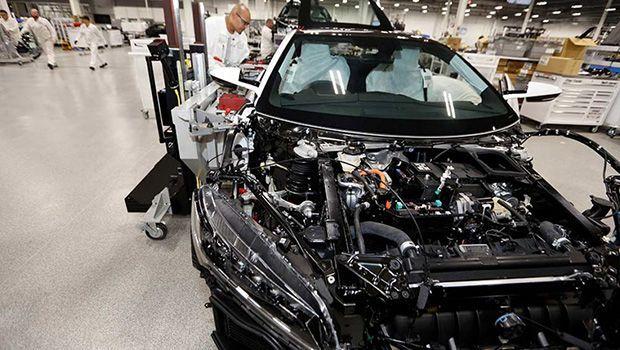 https://img.icarcdn.com/autospinn/body/Honda-NSX-2017-right-hand-drive-production-14.jpg
