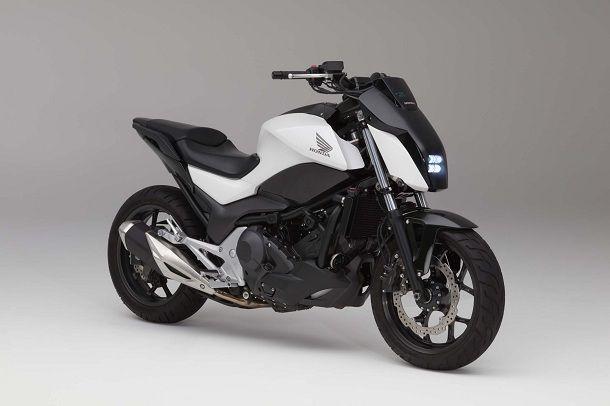 Honda-Riding-Assist-Motorcycle-self-balancing-04