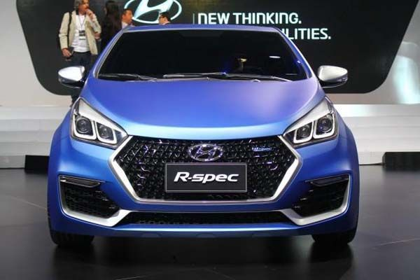 https://img.icarcdn.com/autospinn/body/Hyundai-HB20-R-Spec-2.jpg