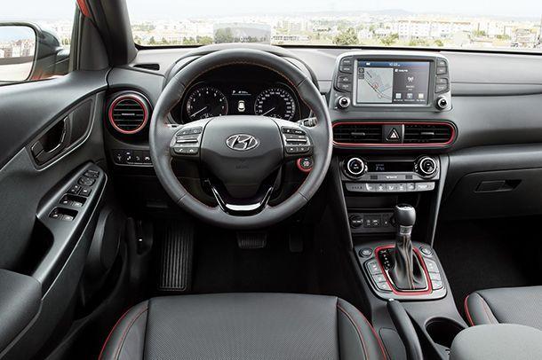 https://img.icarcdn.com/autospinn/body/Hyundai-Kona-E_22.jpg