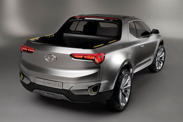 https://img.icarcdn.com/autospinn/body/Hyundai-Santa-Cruz-Crossover-Truck-Concept-4.jpg