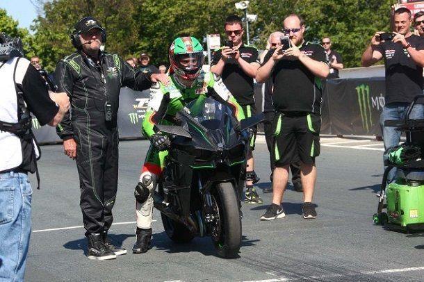 James-Hillier-Kawasaki-Ninja-H2R-Sulby-Straight-IOMTT-03