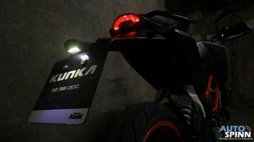 KTM_DUKE390_7
