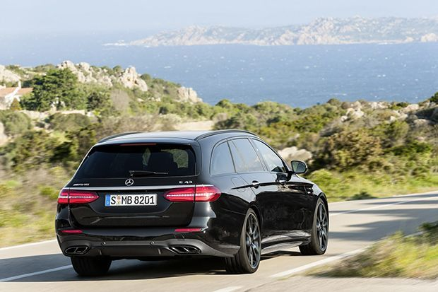 https://img.icarcdn.com/autospinn/body/Mercedes-AMG-E43-Estate-10.jpg