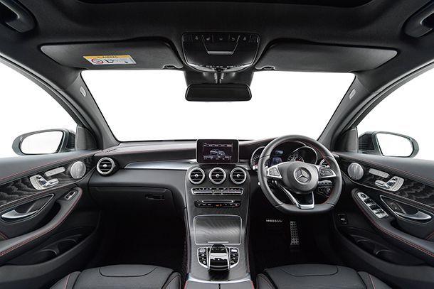 https://img.icarcdn.com/autospinn/body/Mercedes-AMG-GLC-43-4MATIC-Coupé_Interior-1.jpg
