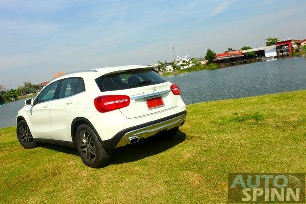 Mercedes-Benz-GLA200-Test-Drive_002
