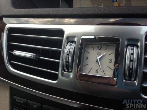 Mercedes-Benz_E300BTHB-37