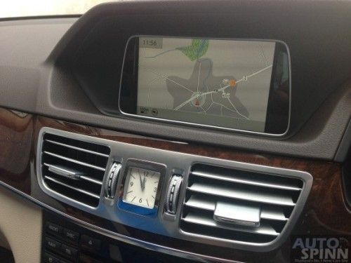 Mercedes-Benz_E300BTHB-6