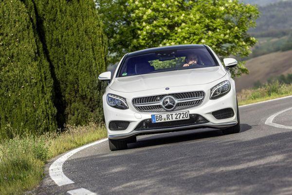 https://img.icarcdn.com/autospinn/body/Mercedes-highlights-the-curve-control-system-1.jpg