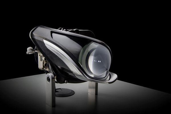 https://img.icarcdn.com/autospinn/body/Mercedes-previews-their-next-generation-LED-2.jpg