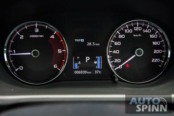 Mitsubishi Pajero Sport 2WD GT (37)
