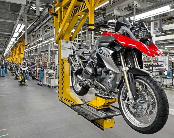 MotorcycleProductionLine
