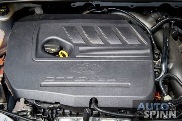 New-Ford-Focus-Drive_40