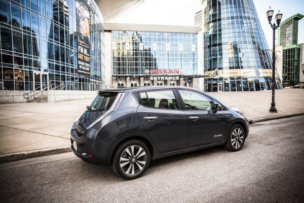 https://img.icarcdn.com/autospinn/body/Nissan-Leaf-1.jpg
