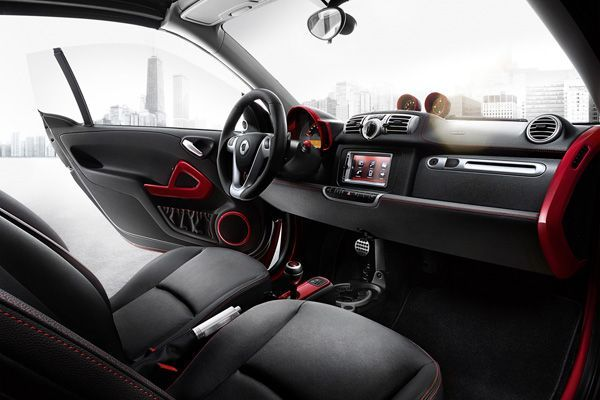 https://img.icarcdn.com/autospinn/body/Smart-ForTwo-Brabus-Xclusive-Red-Edition-73.jpg