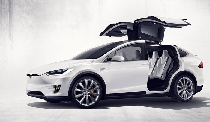 https://img.icarcdn.com/autospinn/body/Tesla-Model-X-4.jpg