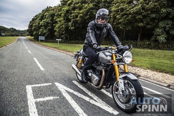 ThruxtonR_Riding_Shot011_A3_RGB