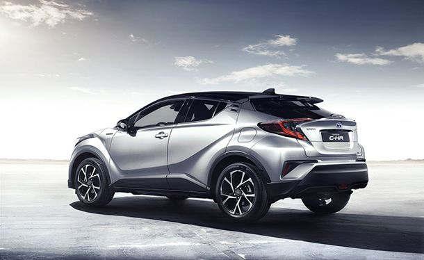 https://img.icarcdn.com/autospinn/body/Toyota-CH-R-3.jpg