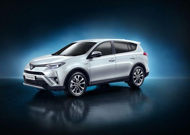 https://img.icarcdn.com/autospinn/body/Toyota-Rav4-Hybrid-2.jpg