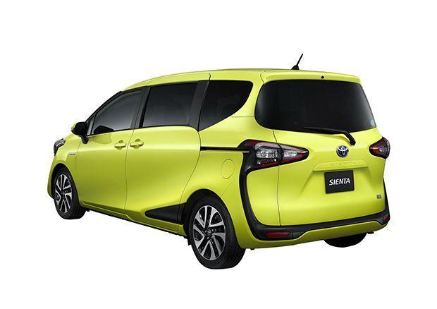 Toyota-Sienta-12