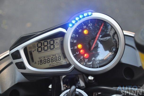 Triumph-Speed-Triple-R-Test-Ride_008