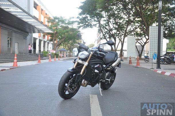 Triumph-Speed-Triple-R-Test-Ride_057