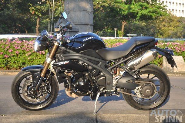 Triumph-Speed-Triple-R-Test-Ride_085