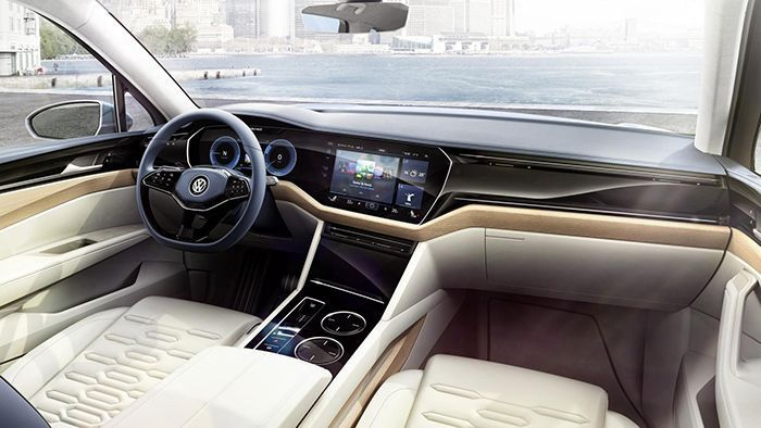https://img.icarcdn.com/autospinn/body/VW-T-Prime-Concept-GTE-3.jpg