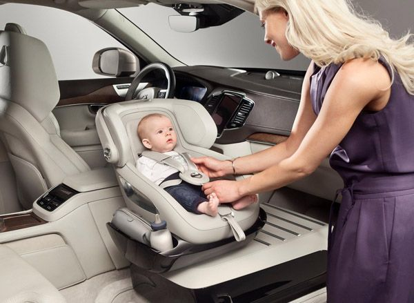 https://img.icarcdn.com/autospinn/body/Volvo-unveils-new-child-seat-1.jpg