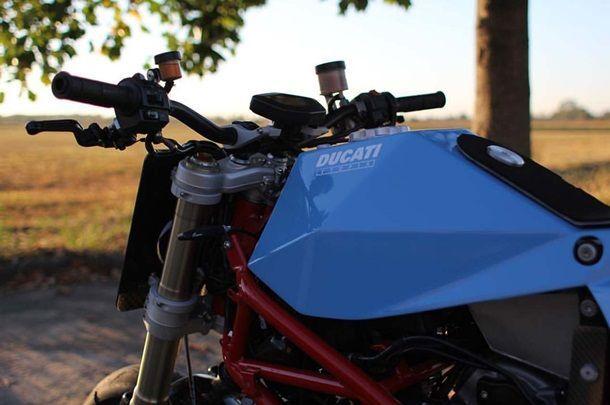 Vtopia-Hypermotard-custom-motorcycle-04