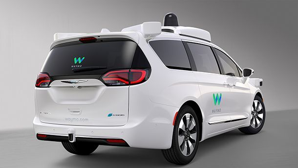 https://img.icarcdn.com/autospinn/body/Waymo_FCA_Fully_Self-Driving_Chrysler_Pacifica_Hybrid_04.jpg
