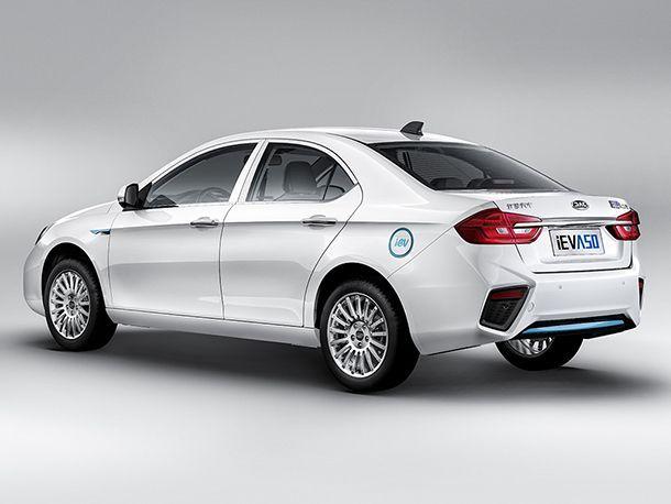 https://img.icarcdn.com/autospinn/body/b1131038-2019-jac-iev-a50-electric-sedan-2.jpg