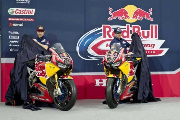 batch_2017-Red-Bull-Honda-World-Superbike-Team-Hangar-7-unveil-18