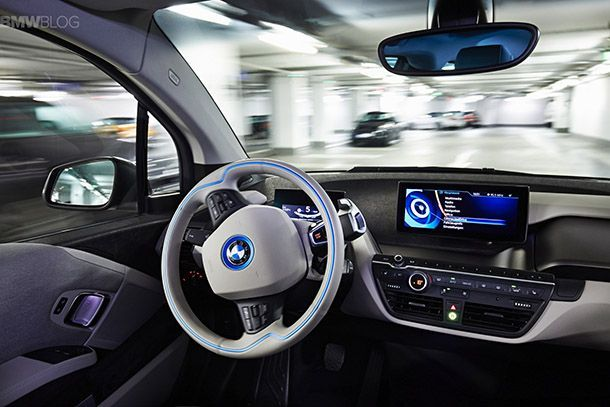 https://img.icarcdn.com/autospinn/body/bmw-fully-automated-parking-07.jpg