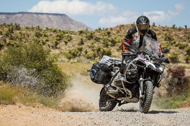 bmw-r1200gs-vs-r1200gsa-2